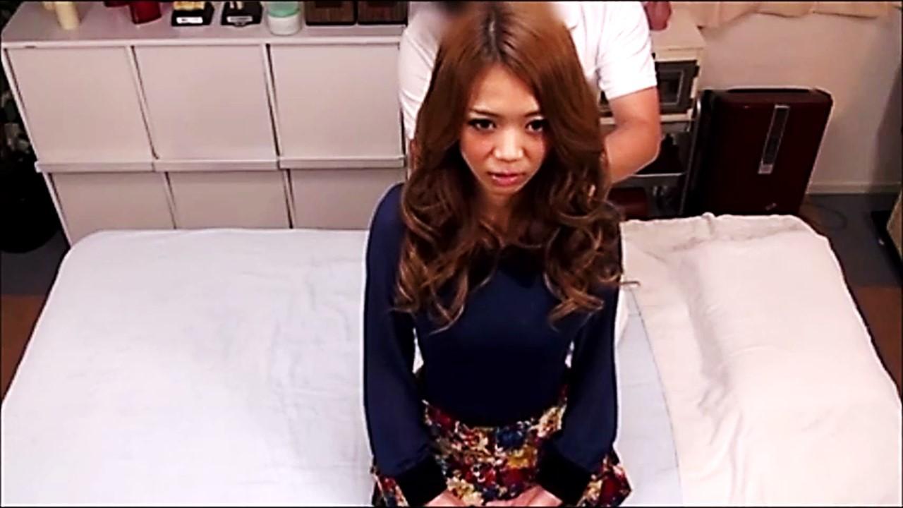 【高画質HD隠撮】モデル系美女子大生 最新マッサージと称しキモ男按摩師に生種付け(46分)