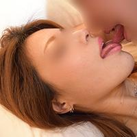 【無修正x個人撮影】人の奥さん愛奴3号 初登場 喉奥フェラで口内発射精飲